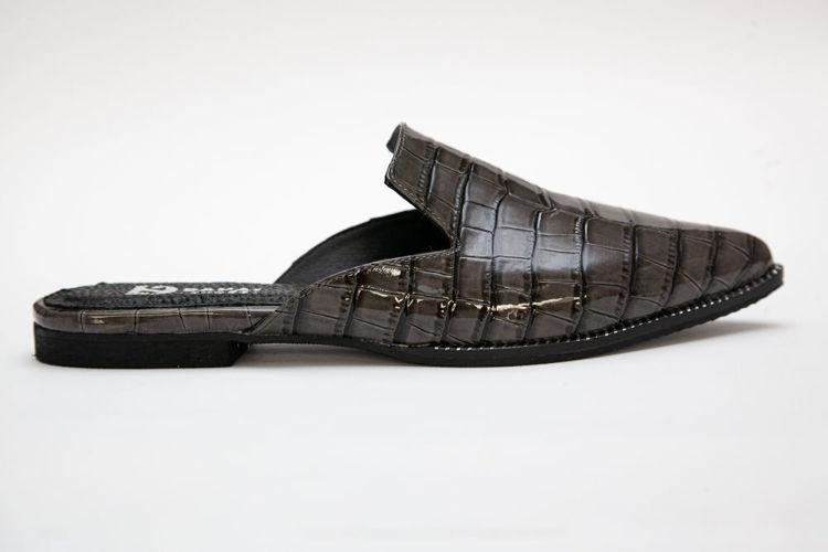 Γυναικεία mules flat γκρι με croco pattern